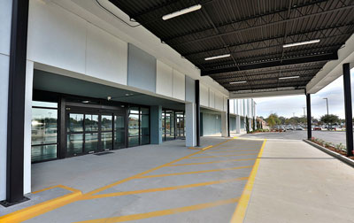 Easy drive up loading & unloading with ample parking.